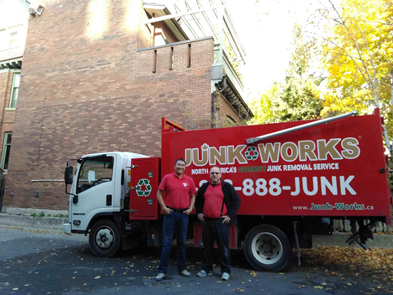 Junk King Franchise Owner, Natalia and David Alaev.